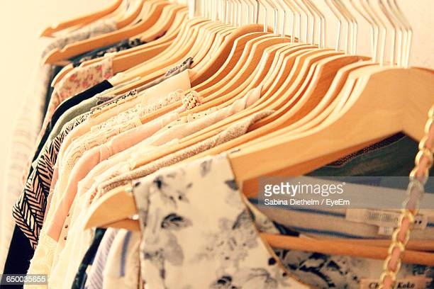 clothes rack in fashion boutique - womenswear stock pictures, royalty-free photos & images