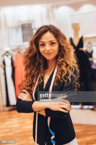 Kleidung Shop Assistent
