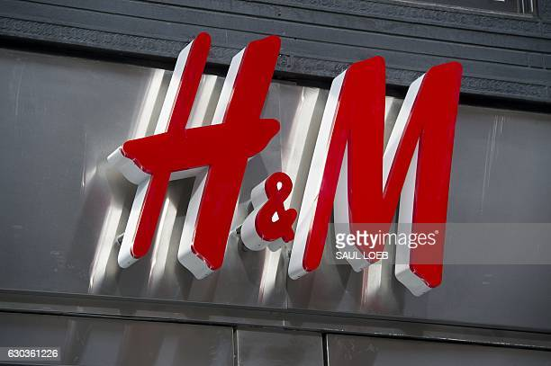 A HM clothing store is seen in Washington DC December 21 2016 / AFP / SAUL LOEB