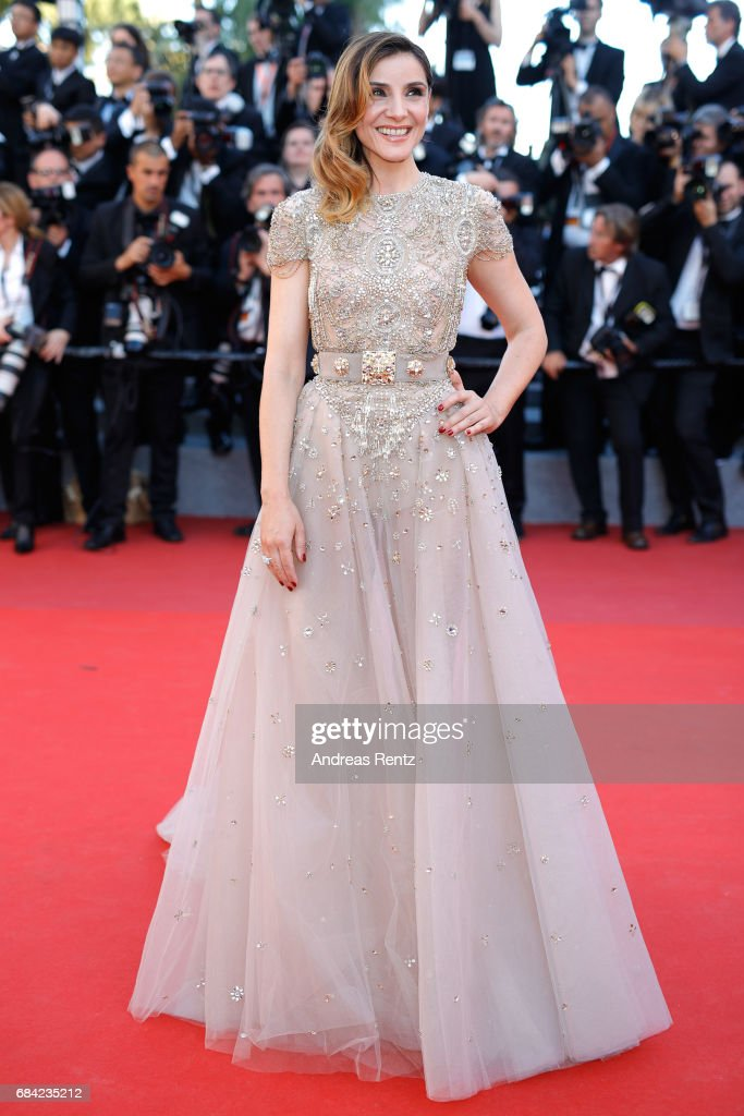 """""""Ismael's Ghosts (Les Fantomes d'Ismael)"""" & Opening Gala Red Carpet Arrivals - The 70th Annual Cannes Film Festival : News Photo"""