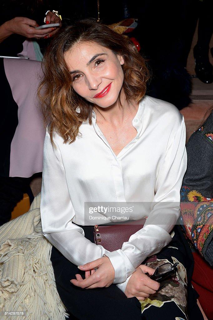 Valentino : Front Row- Paris Fashion Week Womenswear Fall/Winter 2016/2017