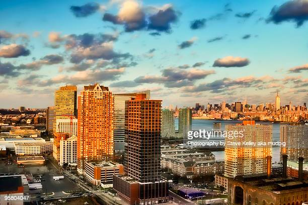 a cloud party - jersey city stock pictures, royalty-free photos & images