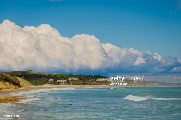 cloud typologies- heavy rolling cloud line - marthas vineyard stock pictures, royalty-free photos & images