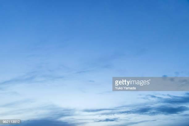 cloud typologies - sunset time - 空気感 ストックフォトと画像