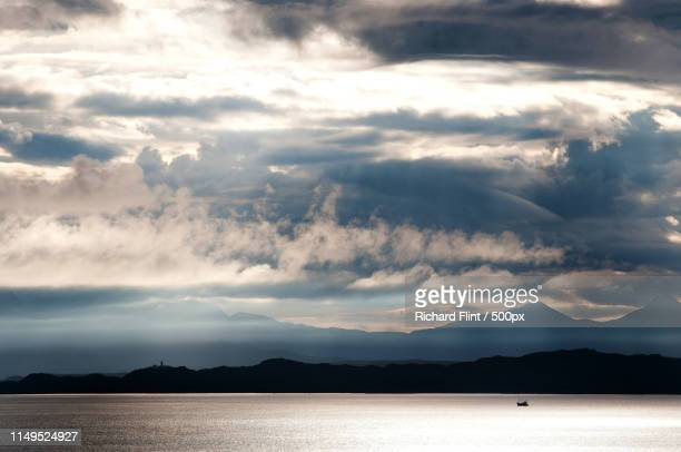 clouds across the western highlands - richard flint stock pictures, royalty-free photos & images