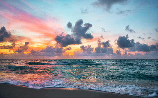Clouds and sunset at seashore, Miami, Florida, USA - gettyimageskorea