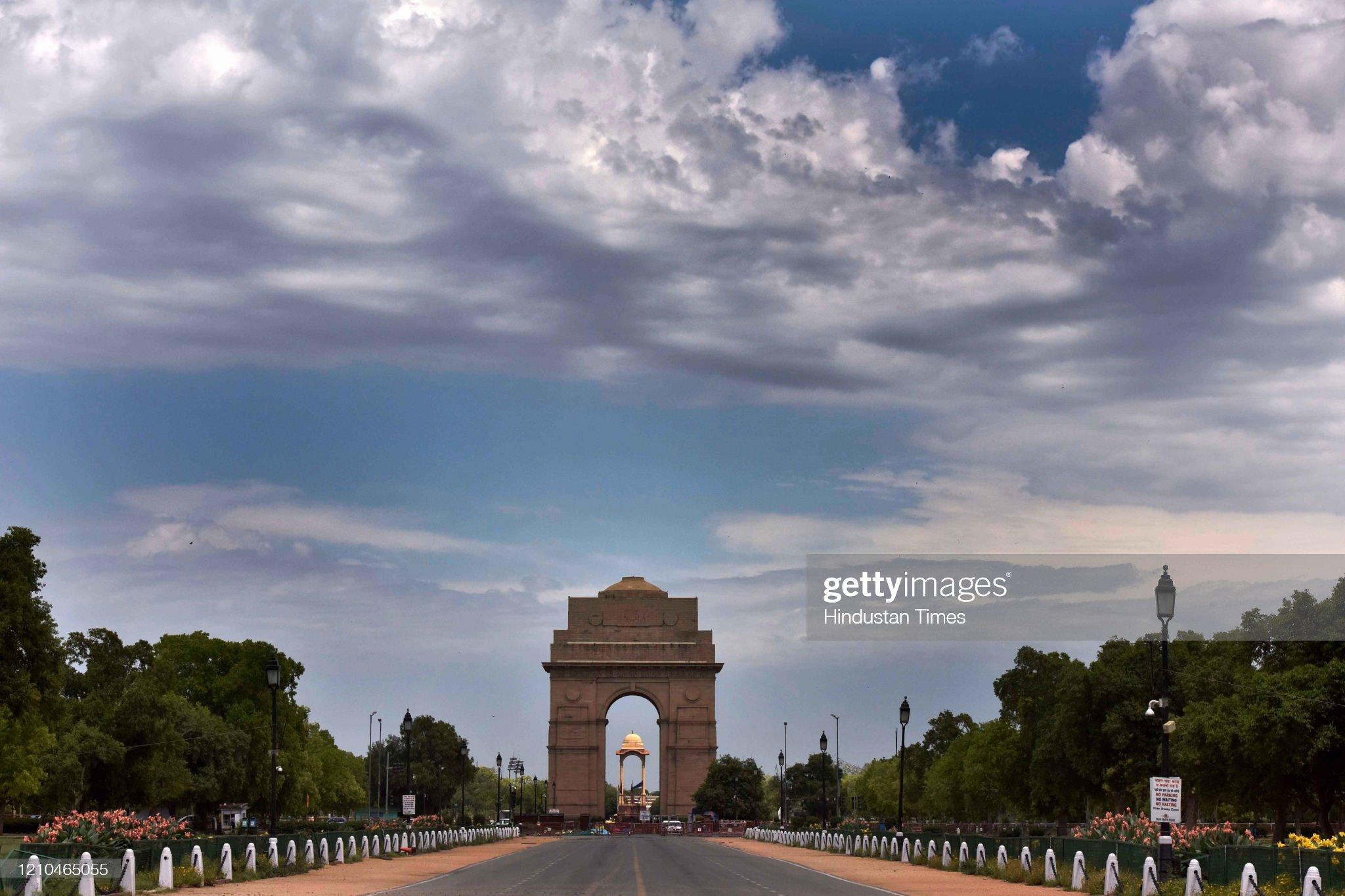 Due To Coronavirus Lockdown, Delhi NCR See Clear Blue Skies As Air Pollution Drops : News Photo