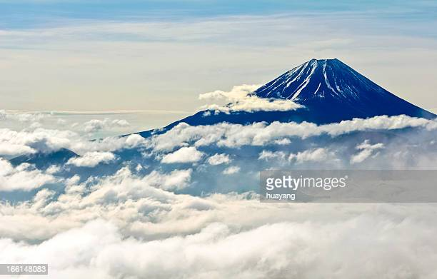 clouds of mt. fuji - mt fuji stock photos and pictures