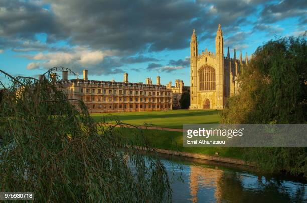 clouds over kings college, cambridge, england, uk - cambridge cambridgeshire imagens e fotografias de stock