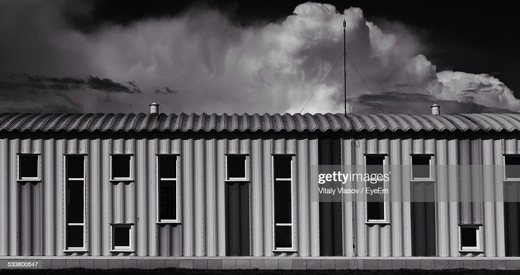 Clouds Over Shelter : Foto stock