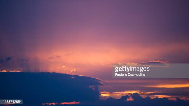 clouds - climat stock pictures, royalty-free photos & images