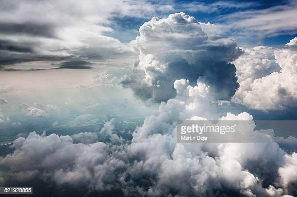 clouds - wolke stock-fotos und bilder