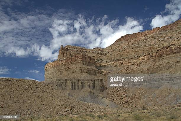 clouds & rocks in woodside canyon - zeesstof stock pictures, royalty-free photos & images