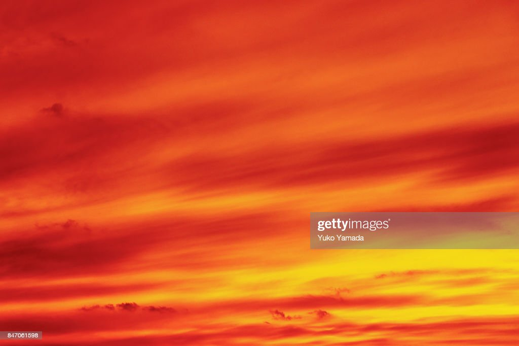 Clouds Typologies - Abstract Image of Dramatic Red Sunset Sky : Stock-Foto