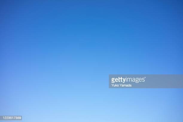 clouds typologies - morning - clear sky stock pictures, royalty-free photos & images