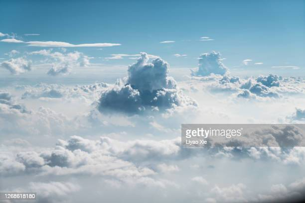 cloudscape in stratosphere - lightweight weight class stock pictures, royalty-free photos & images