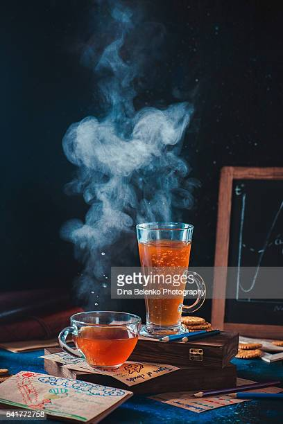 cloudy day tea - dew_point stock pictures, royalty-free photos & images