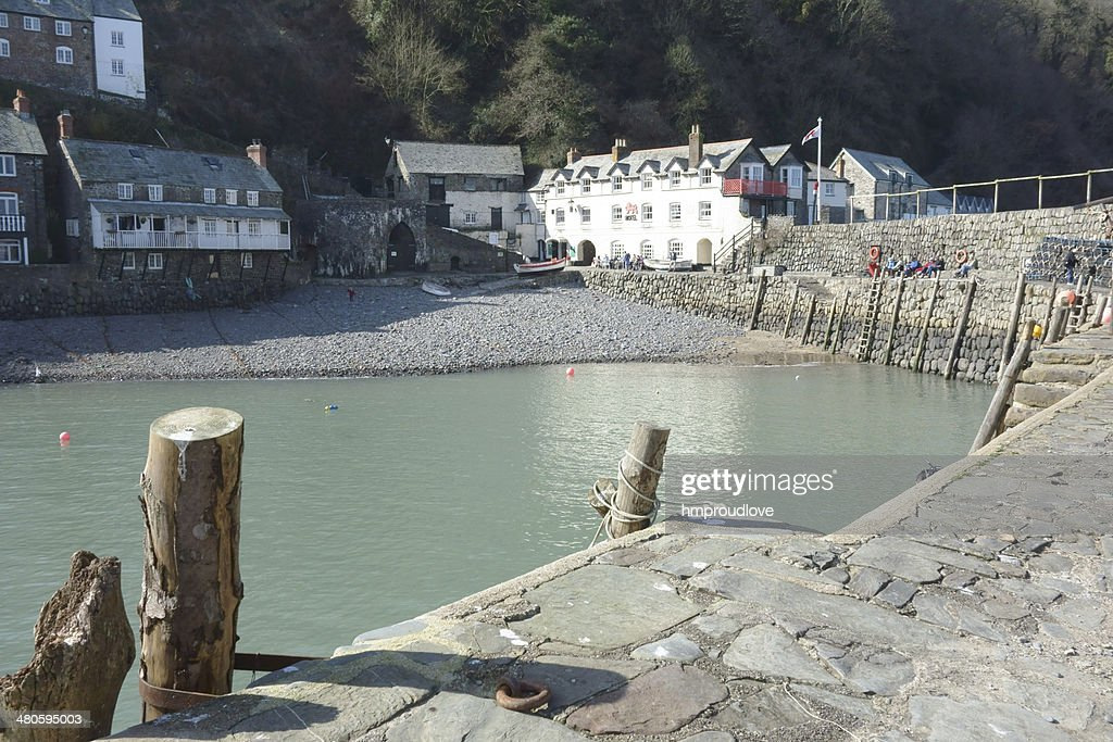 Clovelly from the harbour wall : Stock Photo