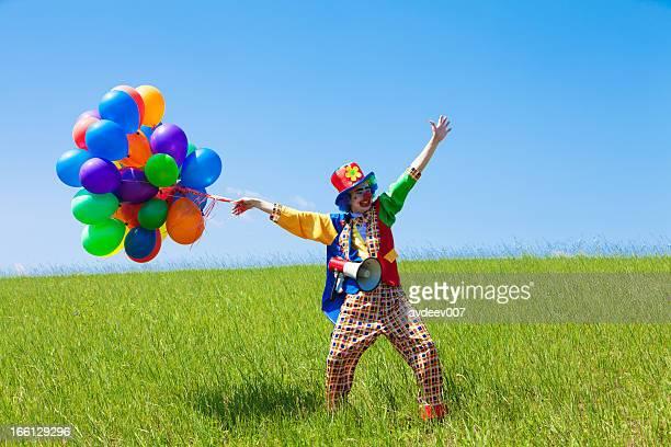 Clown holding Ballons