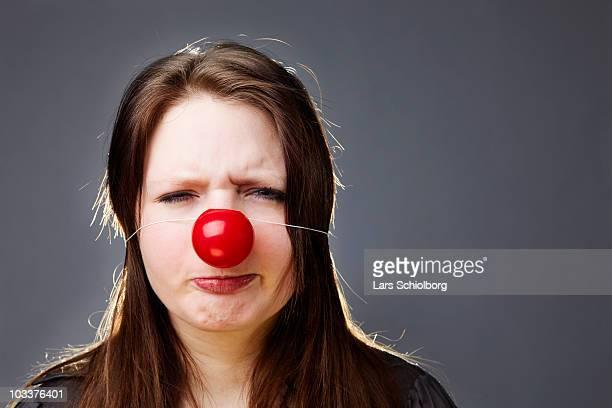 clown nose  - nariz de payaso fotografías e imágenes de stock