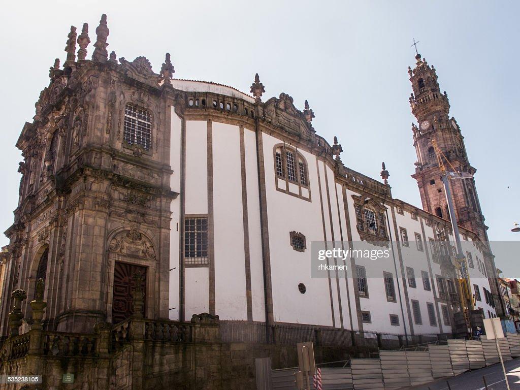 Clérigos Church, Porto, Portugal : ストックフォト