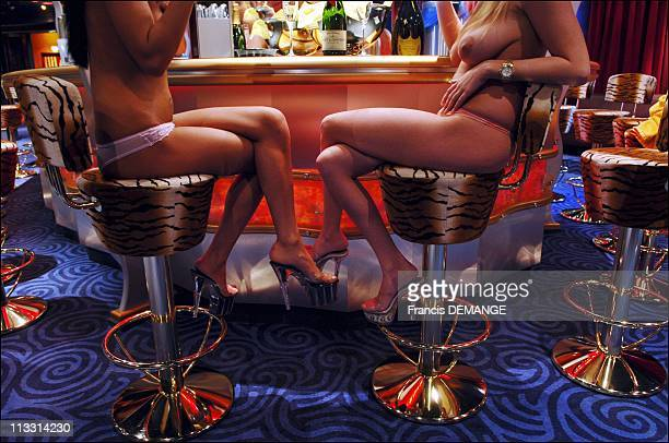 Club Artemis Berlin'S Largest And Most Luxurious Brothel On April 8Th 2006 In Berlin Germany Here Prostitutes Waiting For Customers At The Bar Of...