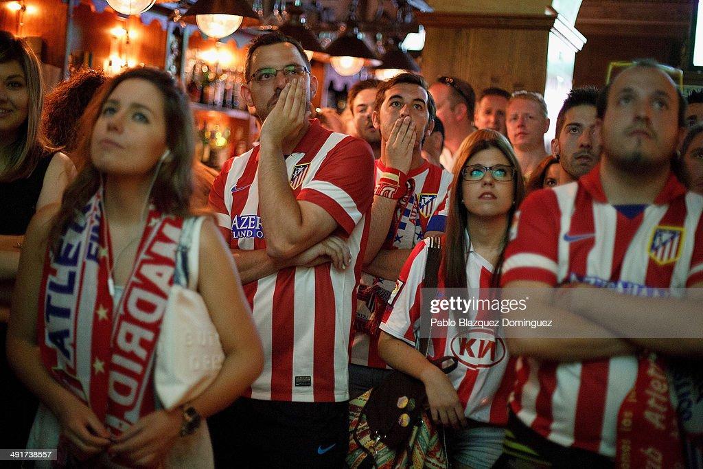 Club Atletico De Madrid Fans React To Their La Liga Match Against FC Barcelona : News Photo