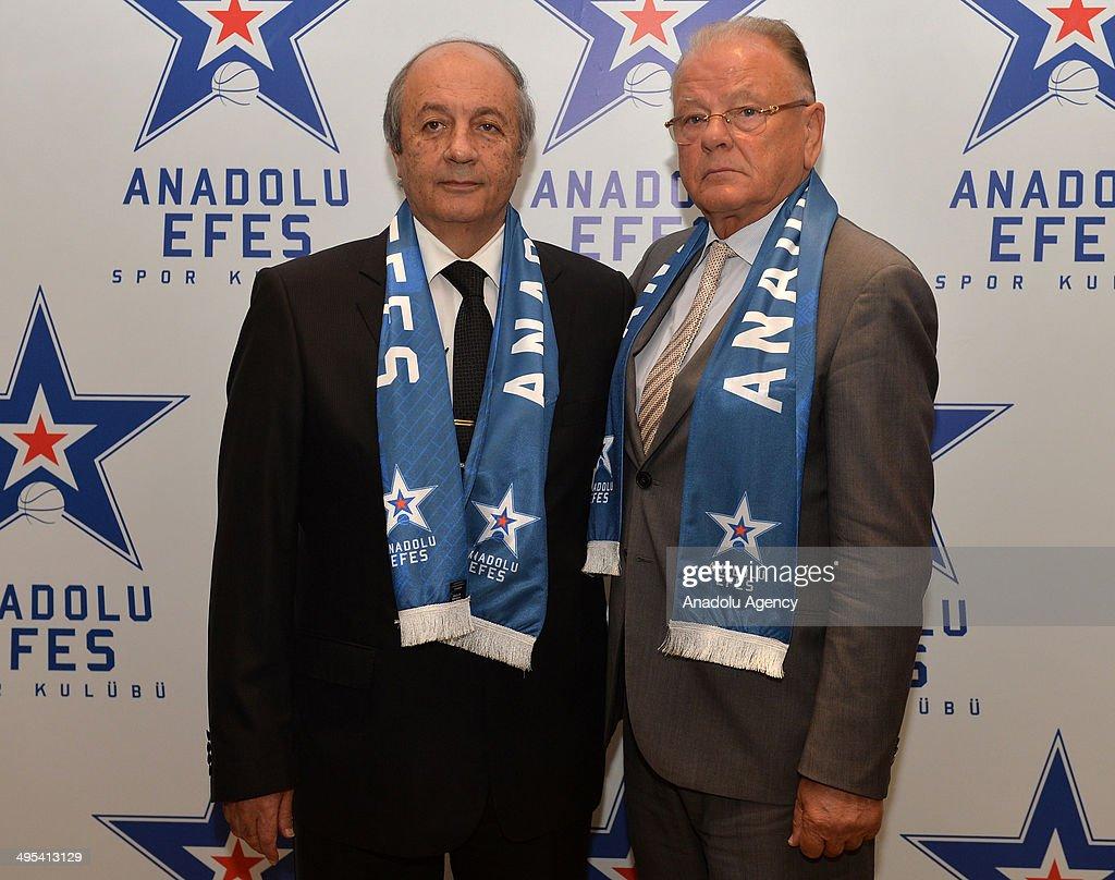 New Head Coach of Anadolu Efes, Dusan Ivkovic : News Photo