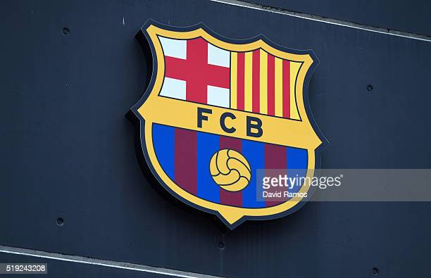 A club crest is seen prior to the UEFA Champions League quarter final first leg match between FC Barcelona and Club Atletico de Madrid at Camp Nou on...
