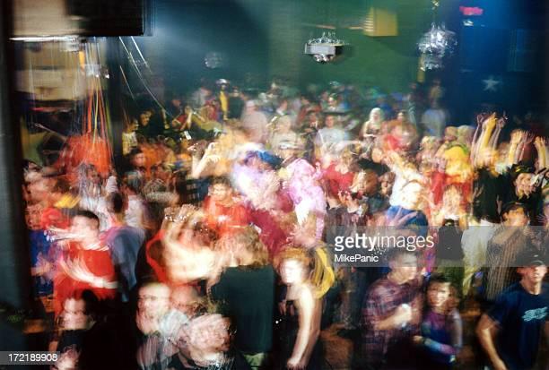 club crowd shot 005