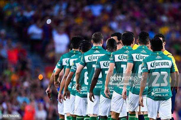 Club Leon players shake hands with FC Barcelona players during the Joan Gamper Trophy match between FC Barcelona and Club Leon at Camp Nou on August...