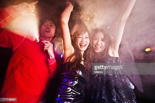 クラブパーティでダンスパーティーを、東京、日本
