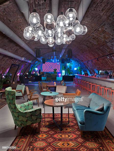 club-restaurant-disco bar in st. petersburg - クラブdj ストックフォトと画像