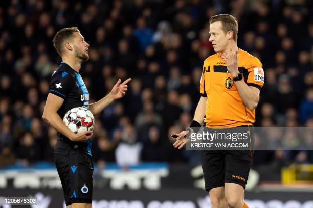 Club's Mats Rits and referee Wesley Alen pictured during a soccer match between Club Brugge KV and Cercle Brugge KSV Saturday 07 March 2020 in Brugge...