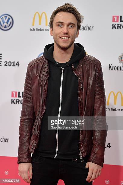 Clueso attends the 1Live Krone 2014 at Jahrhunderthalle on December 4 2014 in Bochum Germany