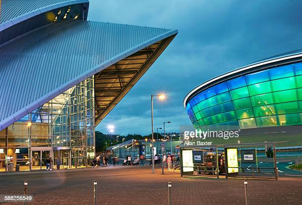 Clyde auditorium and the SSE Hydro at dusk