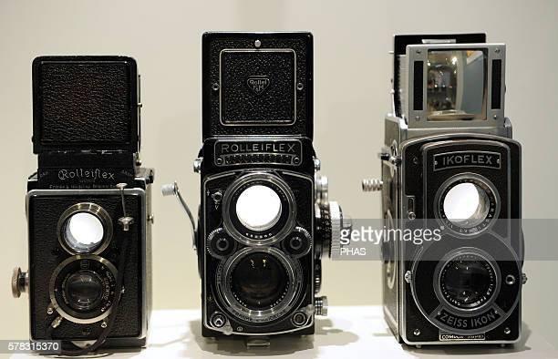 6X6 cm Medium format 1929 Rolleiflex 1 6x6 cm Medium Format 196081 Rolleiflex 28 F 6x6 cm Medium format 1939 Ikoflex Deutches Technikmuseum Berlin...