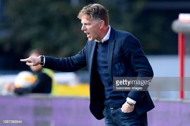 coach Alfons Groenendijk of ADO Den Haag during the Dutch Eredivisie match between FC Utrecht v ADO Den Haag at the Stadium Galgenwaard on November 4...