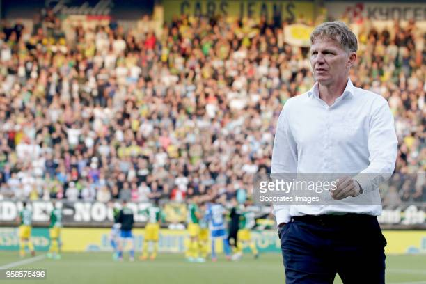 coach Alfons Groenendijk of ADO Den Haag during the Dutch Eredivisie match between ADO Den Haag v Vitesse at the Cars Jeans Stadium on May 9 2018 in...