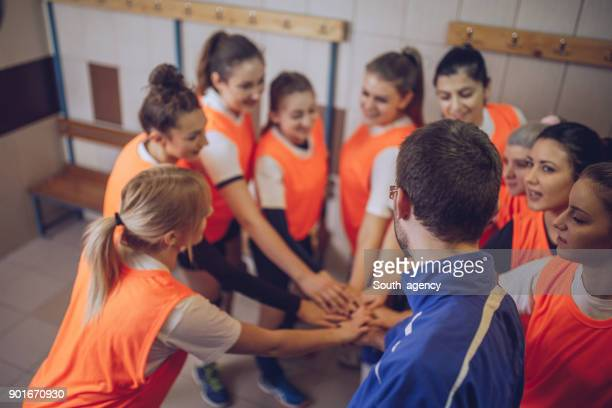 coach and group of players - sports round stock pictures, royalty-free photos & images