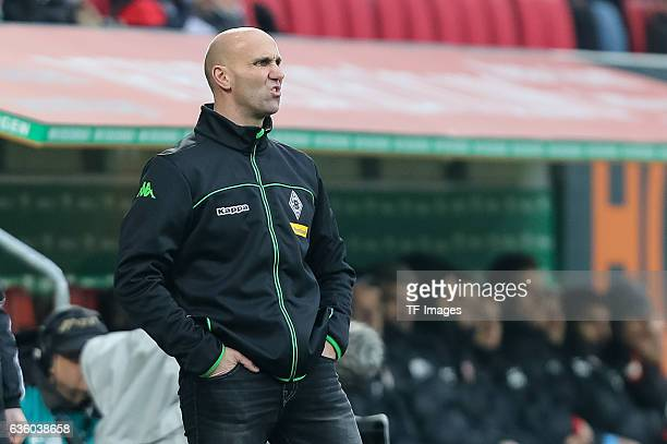 Coach Andre Schubert of Moenchengladbach gestures during the Bundesliga match between FC Augsburg and Borussia Moenchengladbach at WWK-Arena on...