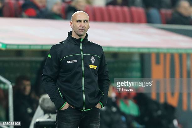 Coach Andre Schubert of Moenchengladbach looks on during the Bundesliga match between FC Augsburg and Borussia Moenchengladbach at WWK-Arena on...