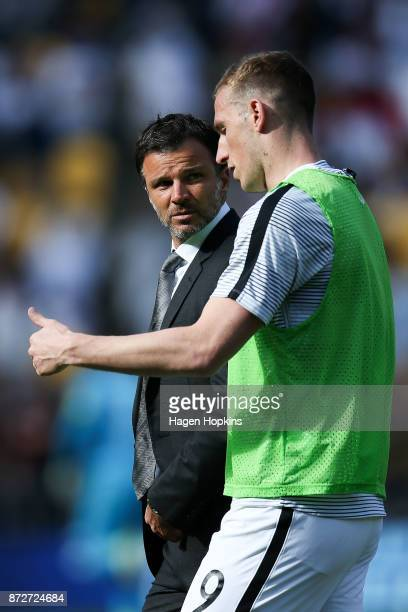 Coach Anthony Hudson speaks to Chris Wood of New Zealand during the 2018 FIFA World Cup Qualifier match between the New Zealand All Whites and Peru...