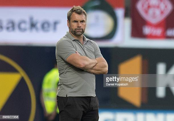 Coach Bernd Hollerbach of Wuerzburg looks on during the Second Bundesliga match between 1 FC Heidenheim 1846 and FC Wuerzburger Kickers at VoithArena...