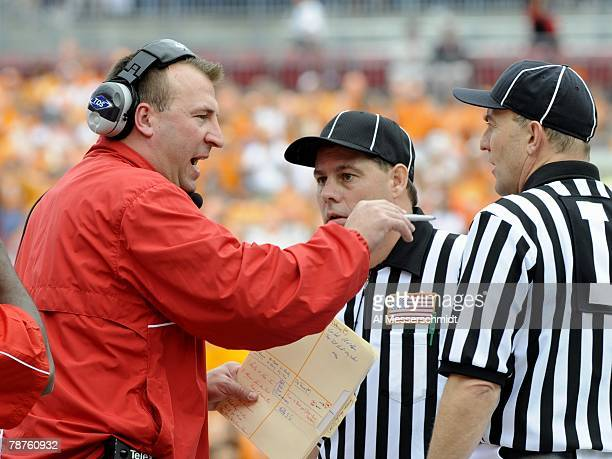 Coach Bret Bielema of the Wisconsin Badgers argues a call with NCAA officials against the Tennessee Volunteers in the 2008 Outback Bowl at Raymond...