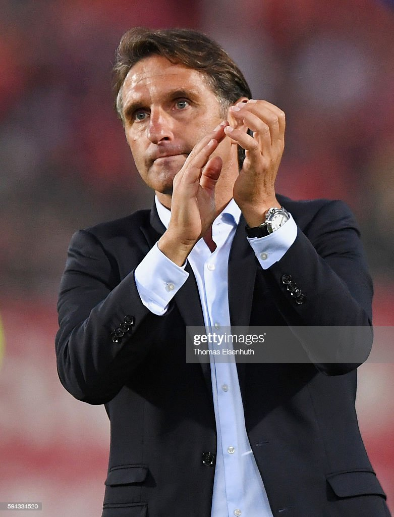 Coach Bruno Labbadia of Hamburg celebrates after the DFB Cup match between FSV Zwickau and Hamburger SV at Stadion Zwickau on August 22, 2016 in Zwickau, Germany.