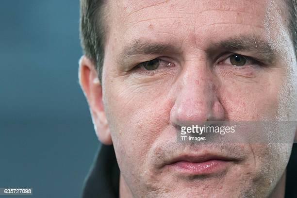 coach Daniel Stendel of Hannover looks on during the Second Bundesliga match between VfB Stuttgart and Hannover 96 at MercedesBenz Arena on December...