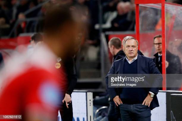 coach Dick Advocaat of FC Utrecht during the Dutch Eredivisie match between FC Utrecht v AZ Alkmaar at the Stadium Galgenwaard on October 20 2018 in...