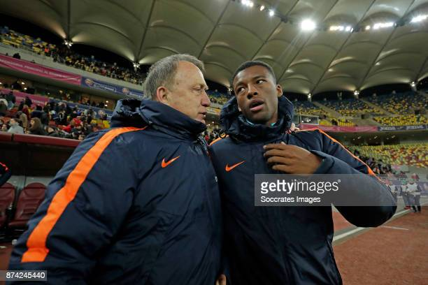 coach Dick Advocaat of Holland Georginio Wijnaldum of Holland during the International Friendly match between Romania v Holland at the Arena...