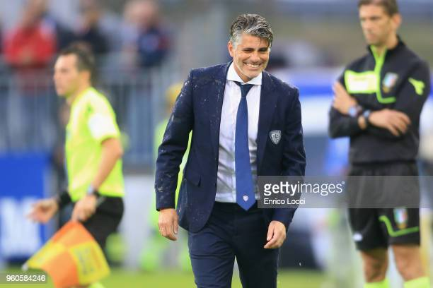 Coach Diego Lopez of Cagliari celebrates winning the serie A match between Cagliari Calcio and Atalanta BC at Stadio Sant'Elia on May 20 2018 in...